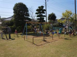 園庭での様子2(桜川こども園)