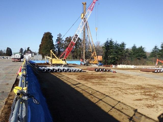 『h270108_C_庁舎_杭工事施工状況』の画像