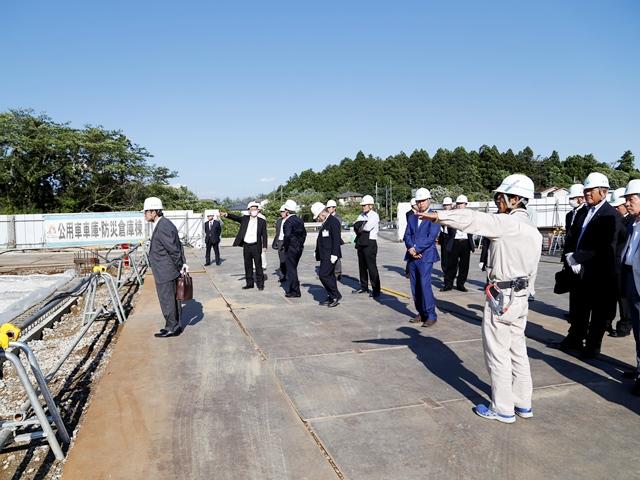 『h270521_公用車庫防災倉庫棟説明』の画像