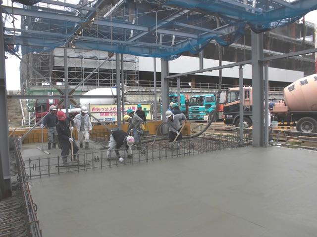『h270829_公用車車庫防災倉庫棟コンクリート打設』の画像