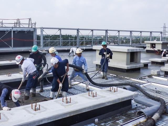 『h271024_庁舎棟5階保護コンクリート打設』の画像