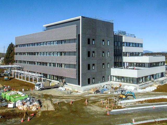 『h280119_庁舎棟全景』の画像