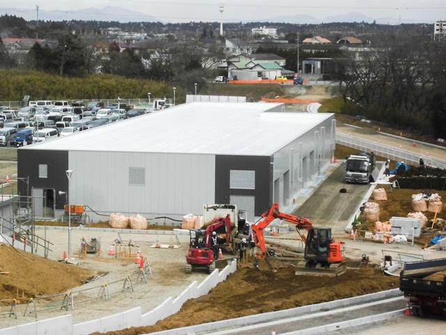 『h280208_公用車車庫・防災倉庫棟全景』の画像