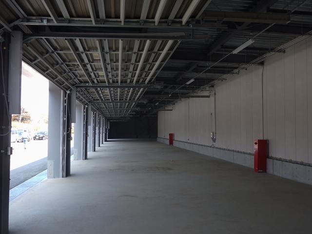『h280304_公用車車庫内部』の画像