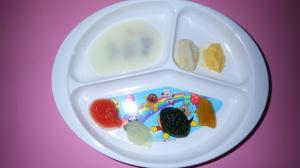 『離乳食初期プレート』の画像