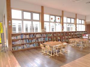桜川公民館書架